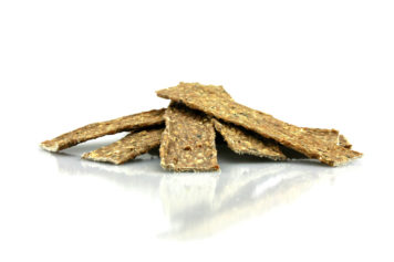 Dried fish treat for dogs with cod and beef scalp